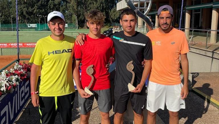 Finalistas de dobles en el ITF J5 de Aviles